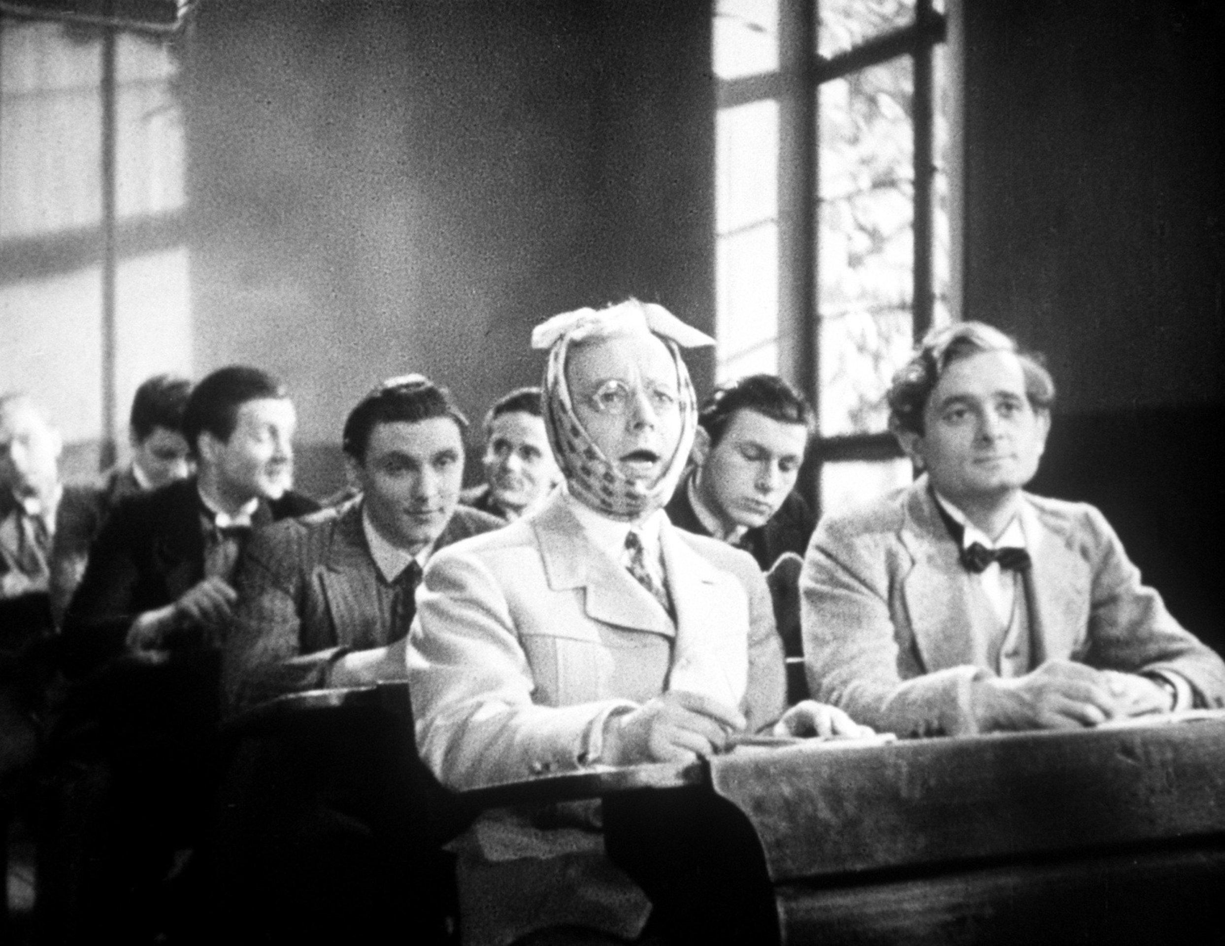 Die Feuerzangenbowle Film (1944) · Trailer · Kritik · KINO.de