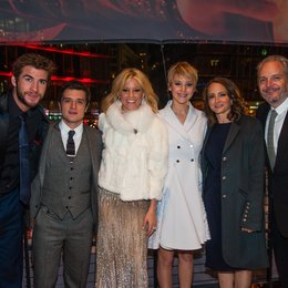 Tribute von Panem - Catching Fire, Die / Filmpremiere / Nina Jacobson / Francis Lawrence Poster