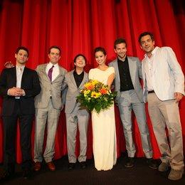 Justin Bartha, Ed Helms, Ken Jeong, Jamie Chung, Bradley Cooper und Regisseur Todd Phillips (v.l.)
