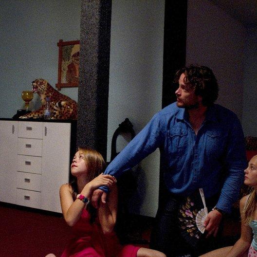 unsichtbare Mädchen, Das (ZDF) / Ronald Zehrfeld / Elisa Schlott Poster