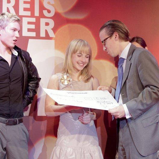 Vergabe des 21. Förderpreises Deutscher Film / Max Kidd, Elisa Schlott und Tobias Gerlach Poster