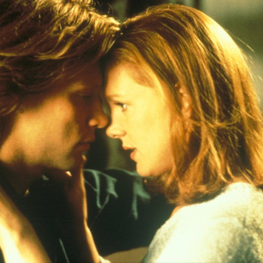 Moonlight and Valentino / Jon Bon Jovi / Elizabeth Perkins