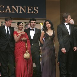58. Filmfestival Cannes 2005 - Festival de Cannes / Jury / Fatih Akin / Salma Hayek / Javier Bardem / Emir Kusturica Poster