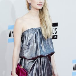 Roberts, Emma / American Music Awards 2013, Los Angeles Poster