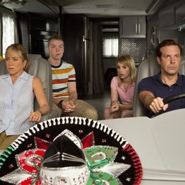 Wir sind die Millers / We're the Millers / Jennifer Aniston / Will Poulter / Emma Roberts / Jason Sudeikis Poster