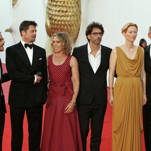 Coen, Ethan / Pitt, Brad / McDormand, Frances / Coen, Joel / Swinton, Tilda / Clooney, George / 65. Filmfestspiele Venedig 2008 / Mostra Internazionale d'Arte Cinematografica Poster