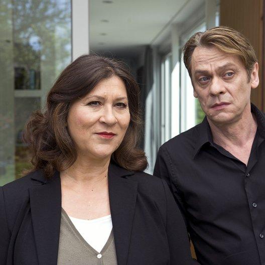 Tatort: Die schöne Mona ist tot / Eva Mattes / Sylvester Groth Poster