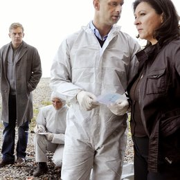Tatort: Im Netz der Lügen (SWR) / Eva Mattes / Benjamin Morik / Sebastian Bezzel Poster