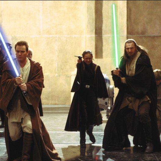 Star Wars: Episode I - Die dunkle Bedrohung 3D / Star Wars 3D: Episode I - Die dunkle Bedrohung / Ewan McGregor / Natalie Portman / Liam Neeson Poster