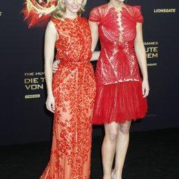 """Elizabeth Banks / Jennifer Lawrence / Filmpremiere """"Die Tribute von Panem - Hunger Games"""" Poster"""