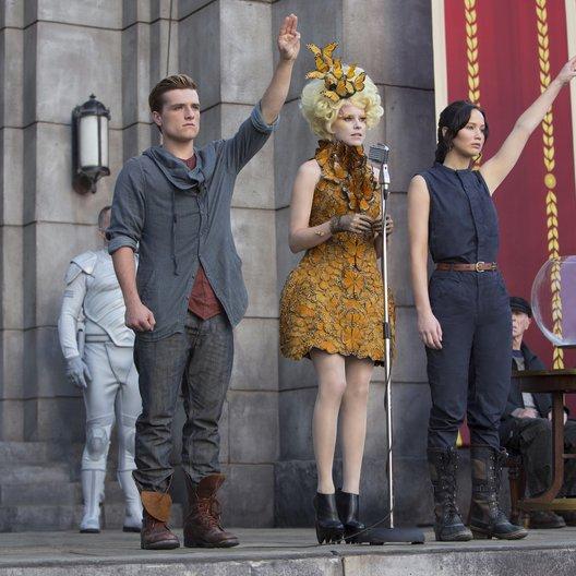 Tribute von Panem - Catching Fire, Die / Josh Hutcherson / Elizabeth Banks / Jennifer Lawrence Poster
