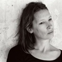 Madame empfiehlt sich / Elle s'en va / Set / Emmanuelle Bercot Poster