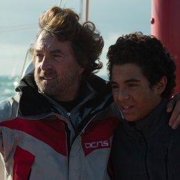 Zwischen den Wellen / En solitaire / Turning Tide / François Cluzet / Samy Seghir