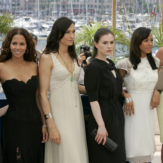 X-Men Crew / Page, Ellen / Berry, Halle / Janssen, Famke / Paquin, Anna / Ramirez, Dania / Romijn, Rebecca / 59. Filmfestival Cannes 2006 Poster