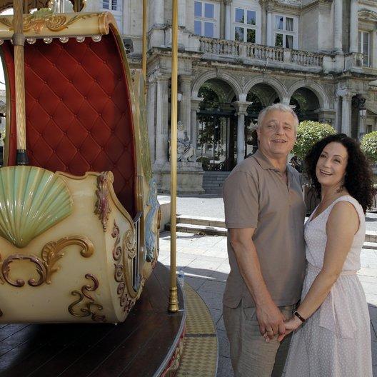 Kreuzfahrt ins Glück: Hochzeitsreise in die Provence (ZDF / ORF) / Barbara Wussow / Filip Peeters