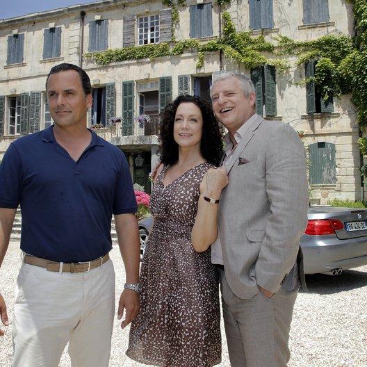 Kreuzfahrt ins Glück: Hochzeitsreise in die Provence (ZDF / ORF) / Barbara Wussow / Marcus Grüsser / Filip Peeters