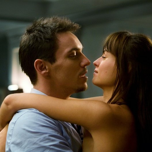 From Paris with Love / Jonathan Rhys Meyers Poster