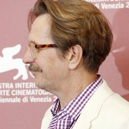 Gary Oldman / 68. Internationale Filmfestspiele Venedig 2011 Poster