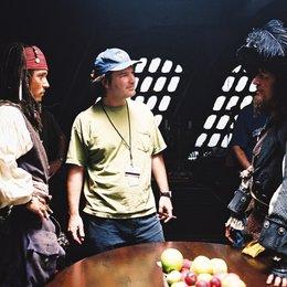 Fluch der Karibik / Set / Johnny Depp / Gore Verbinski / Geoffrey Rush Poster