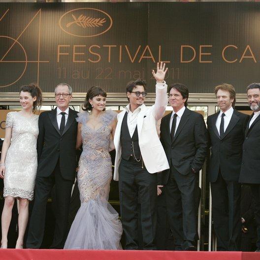 Pirates of the Caribbean - Team / Sam Claflin / Astrid Berges-Frisbey / Geoffrey Rush / Penelope Cruz / Johnny Depp / Rob Marshall / Jerry Bruckheimer / Ian McShane / 64. Filmfestspiele Cannes 2011 Poster