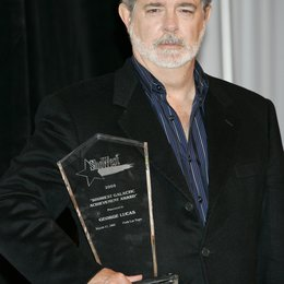 "George Lucas / ""ShoWest Galactic Achievement Award"" / 31. ShoWest Awards 2005 in Las Vegas Poster"
