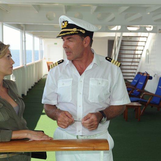 Traumschiff: Mauritius, Das (ZDF / ORF) / Sascha Hehn / Gesine Cukrowski Poster