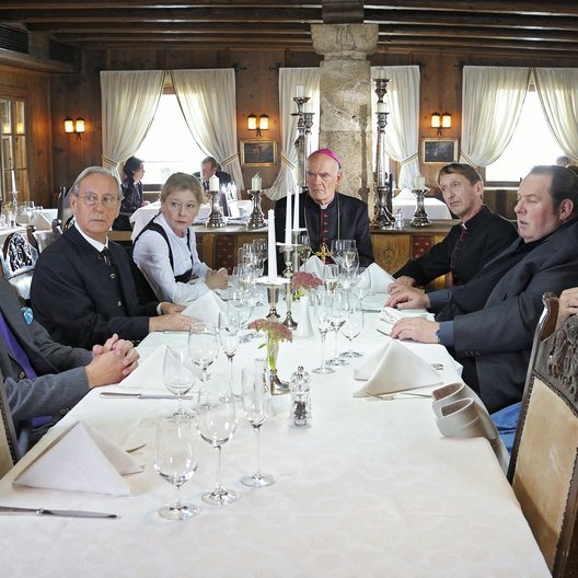 Pfarrer Braun: Ausgegeigt (ARD) / Ottfried Fischer / Peter Heinrich Brix / Lisa Kreuzer / Wilfried Klaus / Gundi Ellert / Gilbert von Sohlern / Hans-Michael Rehberg Poster