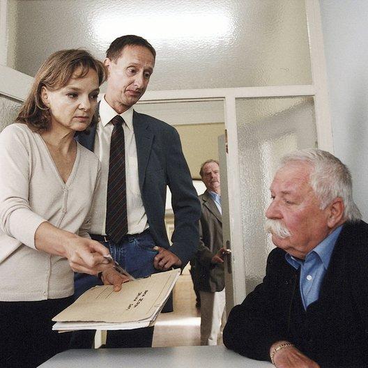 Verbrechen des Professor Capellari: Stachel im Fleisch, Die (ZDF) / Friedrich von Thun / Sissy Höfferer / Gilbert von Sohlern Poster