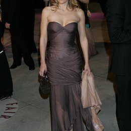 Vanity Fair Oscar Party 2005 / Oscar 2005 / Gillian Anderson