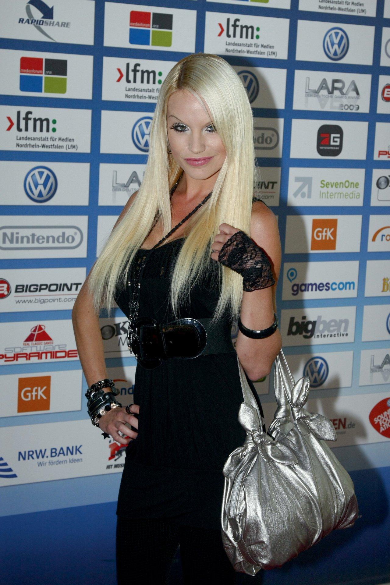Gina Lisa Lohfink Homepage