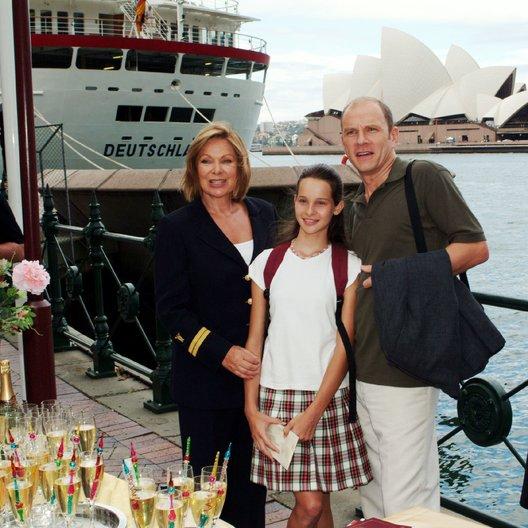 Traumschiff: Samoa, Das (ZDF / ORF) / Nicole Mieth / Götz Schubert / Heide Keller Poster