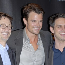 Josephson, Barry / Duhamel, Josh / Berlanti, Greg / Warner Bros. Pictures Introduces Upcoming Films at ShoWest, 2010 Poster
