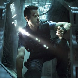 Lockout / Guy Pearce