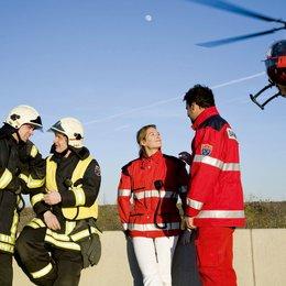 112 - Sie retten dein Leben / Matthias Rödder, Gernot Schmidt, Josephine Thiel, Philip Köstring Poster