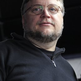 Guillermo del Toro / Rick Baker bekommt einen Stern am Hollywood Walk of Fame Poster
