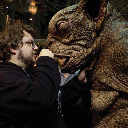 Hellboy - Die goldene Armee / Set / Guillermo Del Toro Poster