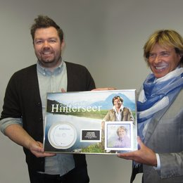 Jens Fransson (l., Catalogue Manager Sony Music Denmark) und Hansi Hinterseer Poster