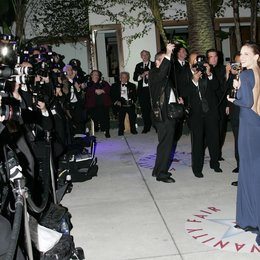 Vanity Fair Oscar Party 2005 / Oscar 2005 / Hilary Swank / Presse und Fotografen Poster