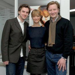 """Stellten ihren Film """"Hilde"""" im Cineplex Mannheim vor: Dan Stevens, Heike Makatsch und Kai Wessel Poster"""