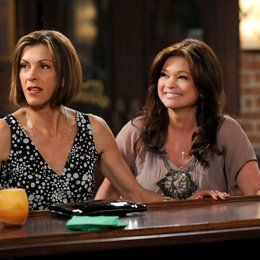 Hot in Cleveland / Hot in Cleveland (1. Staffel, 10 Folgen) / Jane Leeves Poster