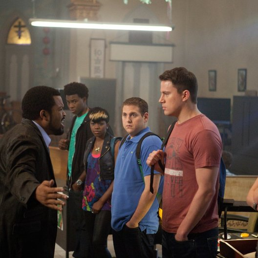 21 Jump Street / Ice Cube / Jaren Mitchell / Jr. Rye Rye / Jonah Hill / Channing Tatum / Dakota Johnson