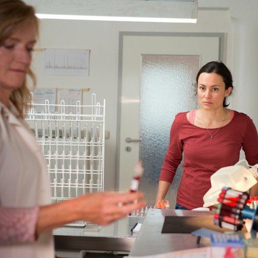 Sibel & Max (1. Staffel, 12 Folgen) / Idil Üner / Nina Petri