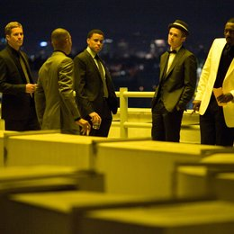 Takers / Paul Walker / Michael Ealy / Hayden Christensen / Idris Elba Poster