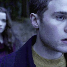 In Fear / Alice Englert / Iain De Caestecker Poster