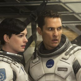 Interstellar / Anne Hathaway / Matthew McConaughey