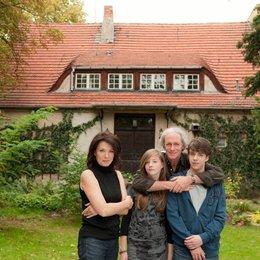 Meine Familie bringt mich um! (ZDF) / August Zirner / Iris Berben / Paula Kroh / Ben Unterkofler Poster