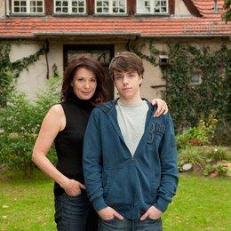 Meine Familie bringt mich um! (ZDF) / Iris Berben / Ben Unterkofler Poster