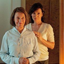 Meine Familie bringt mich um! (ZDF) / Iris Berben / Gertrud Roll Poster