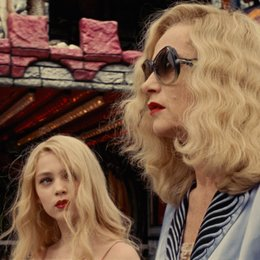 I'm Not a F**king Princess / Anamaria Vartolomei / Isabelle Huppert Poster
