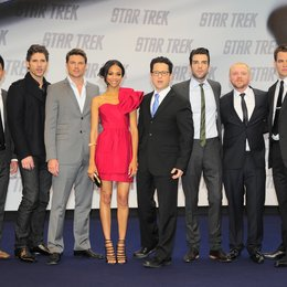 John Cho, Eric Bana, Karl Urban, Zoe Saldana, J.J. Abrams, Zachary Quinto, Simon Pegg, Chris Pine Poster